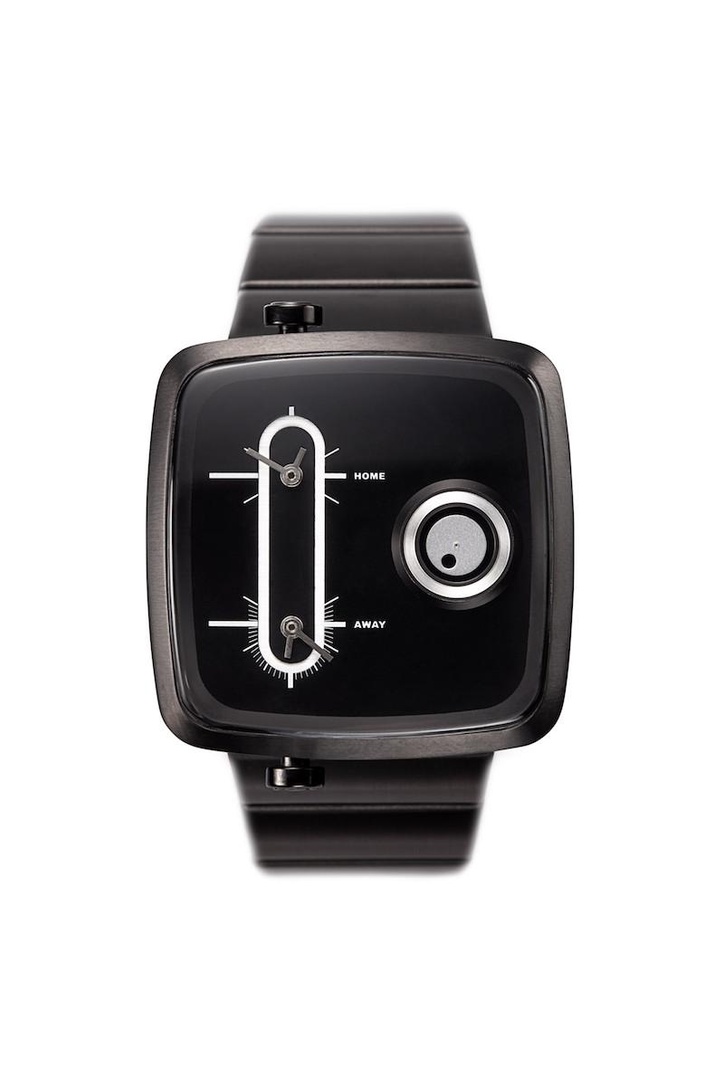 Часы наручные TACS Double Channel-CЧасы TACS. Double Channel-M - Слушайте любимые каналы. Новаторский дизайн удлиненного циферблата с двойными часовыми поясами на аудиочастотном дисплее и трехмерный движущийся диск с указанием секунд. Ремешок и корпус из нержавеющей стали наполняют современным ощущением старинный гламур, обещая оставить неизгладимое впечатление   Производитель и дизайн: Creative choice Limited (Гонконг). Механизм: кварцевый MIYOTA 2036/2025/5Y20 (Япония). Корпус: 4,3/4,3/1,1 см, нержавеющая сталь. Стекло: минеральное. Размер ремешка:21/2,4 см. Материал ремешка: нержавеющая сталь. Водонепроницаемость: 5АТМ. Избегать контакта с горячей водой и паром. Гарантия: 1 год.<br><br>Цвет: черный<br>Механизм: кварцевый<br>Материал корпуса: нержавеющая сталь<br>Ремешок: нержавеющая сталь<br>Форма корпуса: Квадрат<br>Пол: мужские