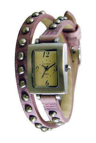 Часы наручные TOKYObay Armor PinkЧасы TOKYObay<br>Производитель: TOKYObay Inc. (США)<br>Механизм: кварцевый MIYOTA (Япония)<br>Корпус: 25/19/7 мм, металл(не содержит никель), задняя крышка из нержавеющей стали.<br>Стекло: минеральное стекло<br>Размер ремешка: 38/1,8 см <br>Материал ремешка: натуральная кожа<br>Гарантия: 1 год<br><br>Механизм: кварцевый<br>Форма корпуса: Квадрат<br>Пол: женские<br>Цвет: розовый<br>Материал корпуса: металл<br>Ремешок: натуральная кожа