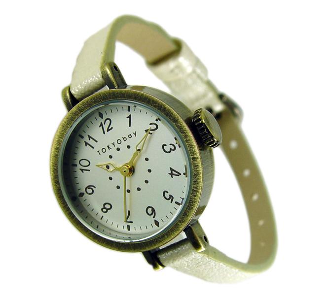 Часы наручные TOKYObay Mabel White WatchesЧасы TOKYObay. Производитель: TOKYObay Inc. (США). Механизм: кварцевый MIYOTA (Япония). Корпус: 2,5/2,5/0,8 см, металл(не содержит никель), задняя крышка из нержавеющей стали. Стекло: ударопрочный оптический пластик . Размер ремешка: 17,5/0,6 см . Материал ремешка: натуральная кожа. Гарантия: 1 год.<br><br>Цвет: белый<br>Механизм: кварцевый<br>Материал корпуса: металл<br>Ремешок: натуральная кожа<br>Форма корпуса: Круг<br>Пол: женские