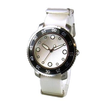 Часы наручные TOKYObay Graphia White WatchesЧасы TOKYObay<br>Производитель: TOKYObay Inc. (США)<br>Механизм: кварцевый MIYOTA (Япония)<br>Корпус: 40/40/10 мм, металл(не содержит никель), задняя крышка из нержавеющей стали.<br>Стекло: ударопрочный оптический пластик <br>Размер ремешка: 22,5/2 см <br>Материал ремешка: нейлон<br>Гарантия: 1 год<br><br>Цвет: белый<br>Механизм: кварцевый<br>Форма корпуса: Круг<br>Пол: унисекс<br>Пол: женские<br>Ремешок: нейлон<br>Материал корпуса: металл